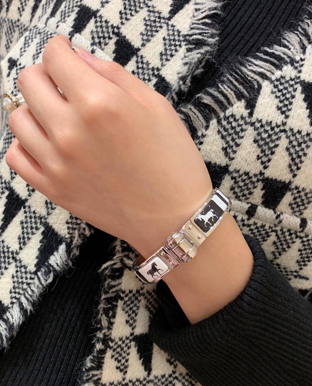 2020 Mode hochwertige Damen Armband täglich passenden Kleid Zubehör die beste harte Armband für dinner party TOOQ