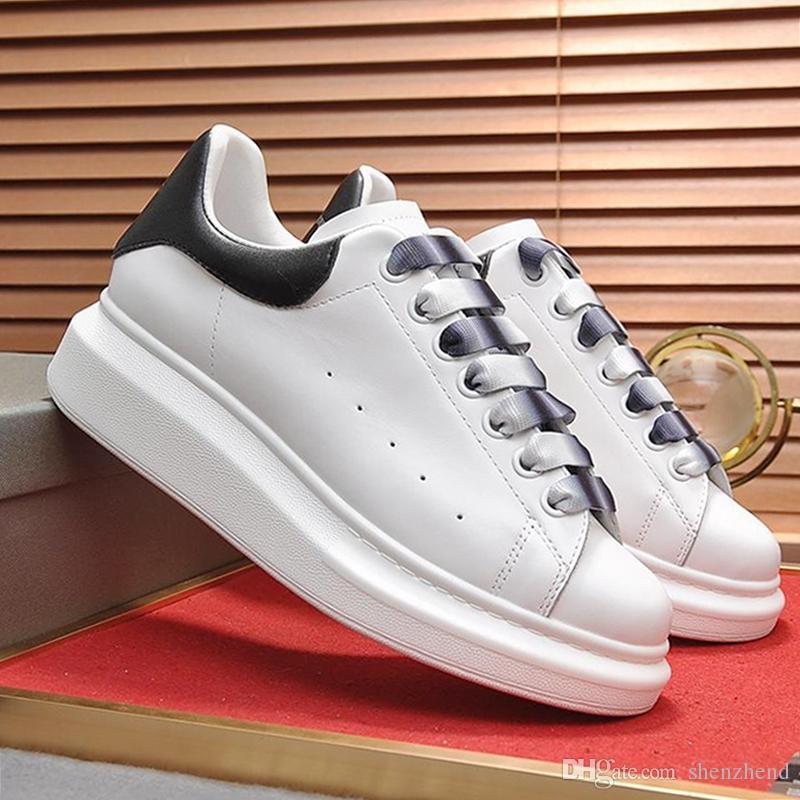 Alta calidad de gran tamaño de la zapatilla de deporte de los hombres venta de los zapatos al aire libre cómodos zapatos para caminar con cordones para hombre Deportes suaves Footwears Diseño top del punto bajo