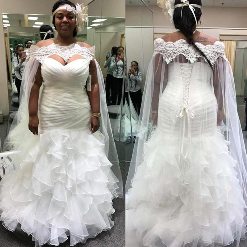White African Mermaid Wedding Dresses 2020 Off Shoulder Plus Size Lace Bride Dress with Long Bridal Cape Shawl