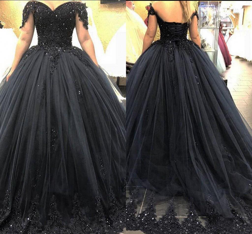 2020 Navy Blue Prom Dresses largo della spalla Applique del merletto in rilievo posteriore del corsetto Cristalli sweep treno Quinceanera Partito abito di sfera su ordine