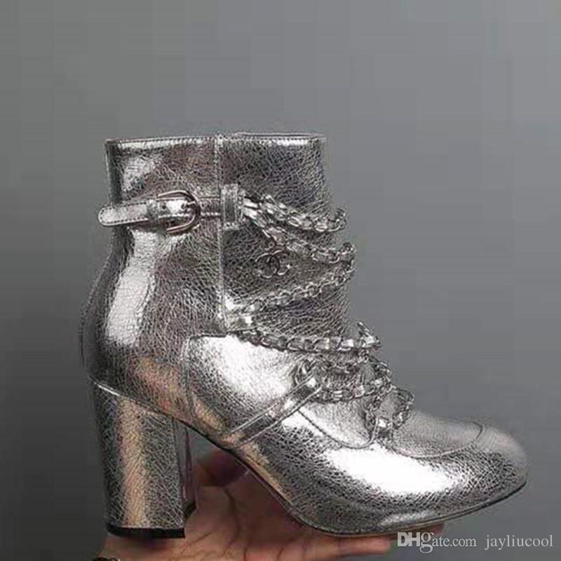 Yüksek Topuk Kadın Boots ile 2019 Yeni Deri Gümüş Siyah Beyaz Metal Doku Zinciri Dekoratif Kalın