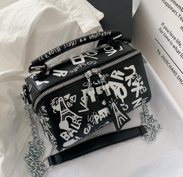 Design di lusso Borse Portafogli da donna estivi Borse graffiti di modo Borse catena di spalla delle signore di Parigi Graffiti Totes