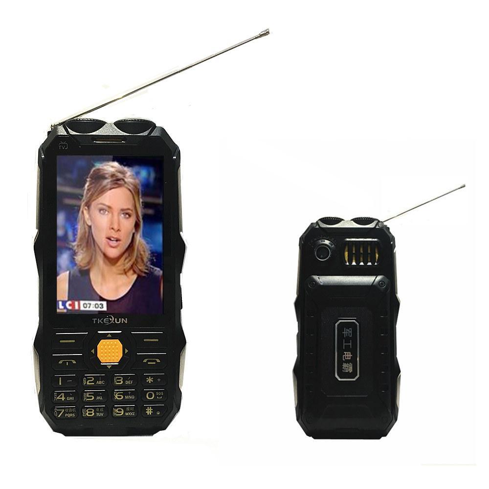 الأصلي DBEIF D2017 ريال 4700mAh الهاتف المحمول البنوك والكهرباء هوائي التلفزيون التناظرية 3.5 شاشة كبيرة مصباح يدوي MP3 MP4 بطاقة SIM المزدوجة للهاتف المحمول FM