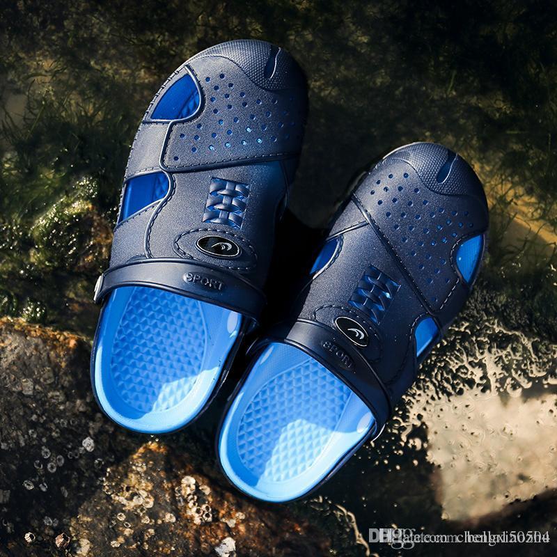 Designer DUDELI New Arrival Men Verão Sandals Praia Chinelo respirável água Sandals Masculino Jardinagem sapatos oco Out Praia Chinelos