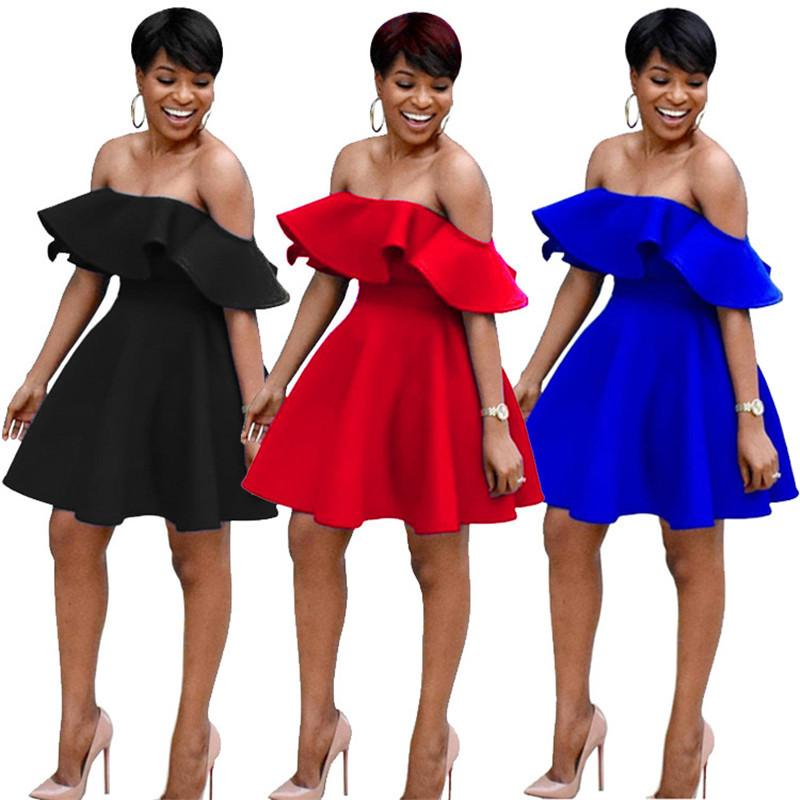 Slash Neck Sexy Robes d'été Femmes de l'épaule Ruffle Short Mini robe 21ème anniversaire Banquet élégant Une Partie ligne Robes T200521