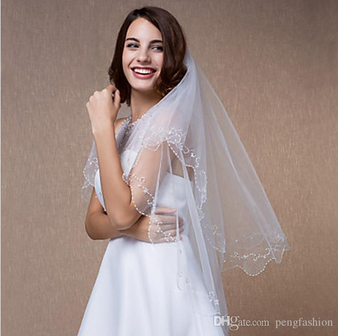 شعبية أنيقة لطيفة المظهر مستويين الزجاج أنبوب العملية وحافة حبة طول الورك الأبيض العاج الشمبانيا الأحمر الأسود الأرجواني الوردي الحجاب الزفاف