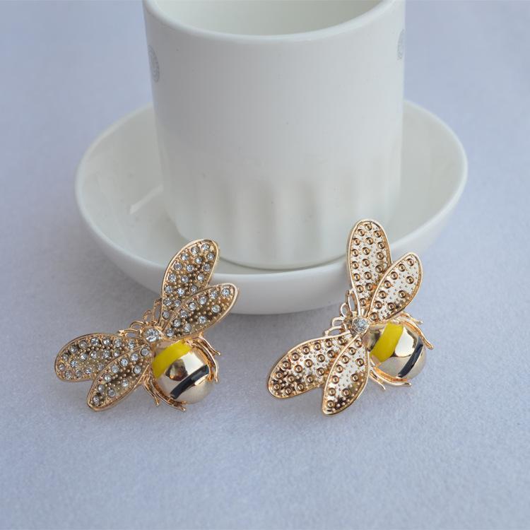 Diamanti tendenza per l'intero Bee Spille Pin Corpetto modo delle donne dell'insetto Pin Spilla ragazze vestono camicia Fibbia Spille Gioielli da regalo
