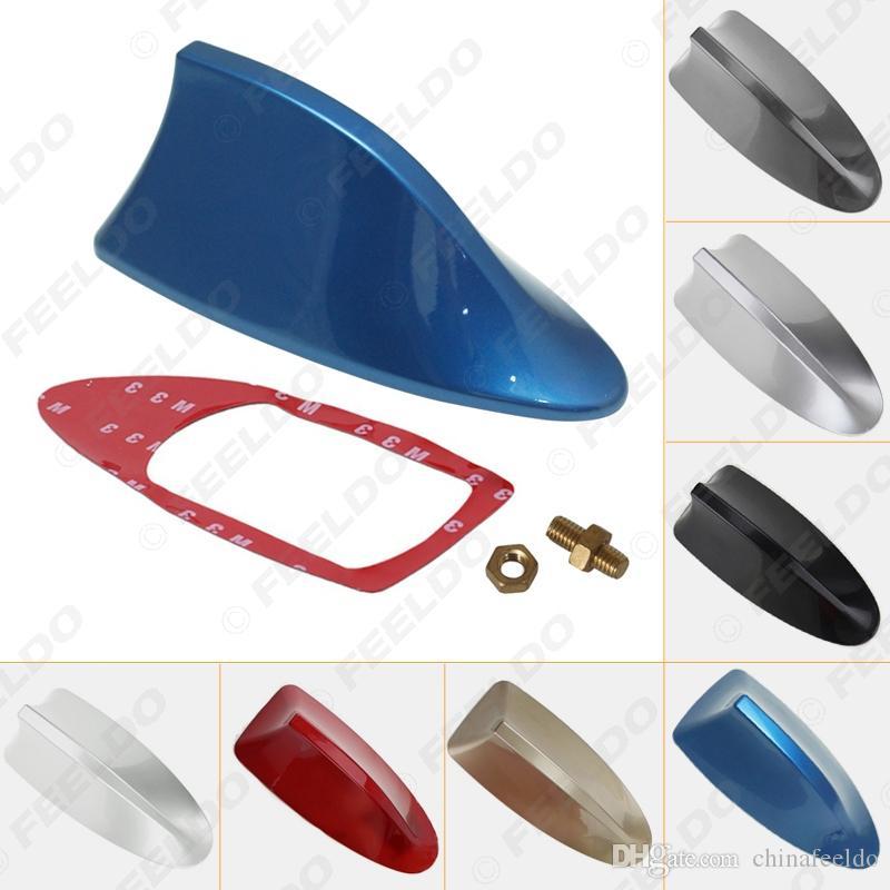 Antena de radio de coche universal a prueba de agua Antena decorativa de techo de aleta de tiburón con función de radio FM / AM 7 colores # 2743