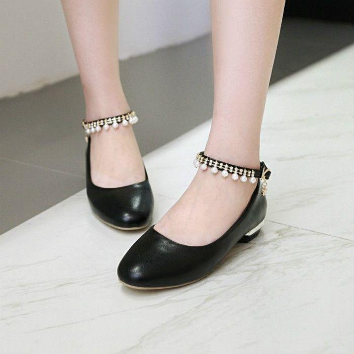 Mode printemps et automne polyvalent talon épais talons hauts perles peu profonde pompon tête ronde de bouche chaussures pour femmes célibataires chaussures boucle de mot