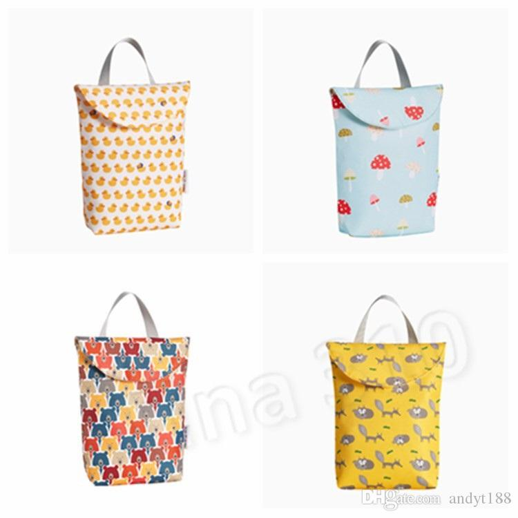 new Baby Cartoon Print Nappy Bag Protable Waterproof Reusable Wet Bag Dry Cloth Zipper Diaper bag Handbag Home StorageT2G5056
