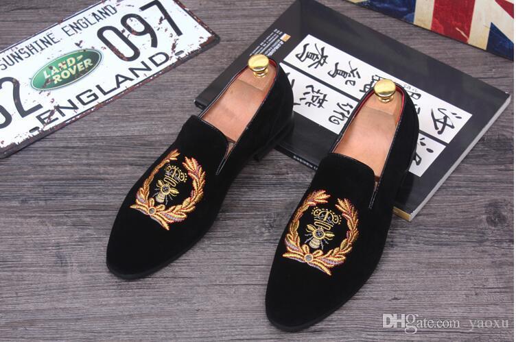 Модные мужские мокасины надевают мужские бархатные туфли повседневные бархатные тапочки Дизайнерские туфли мужские балетки Свадебная и праздничная обувь HX1
