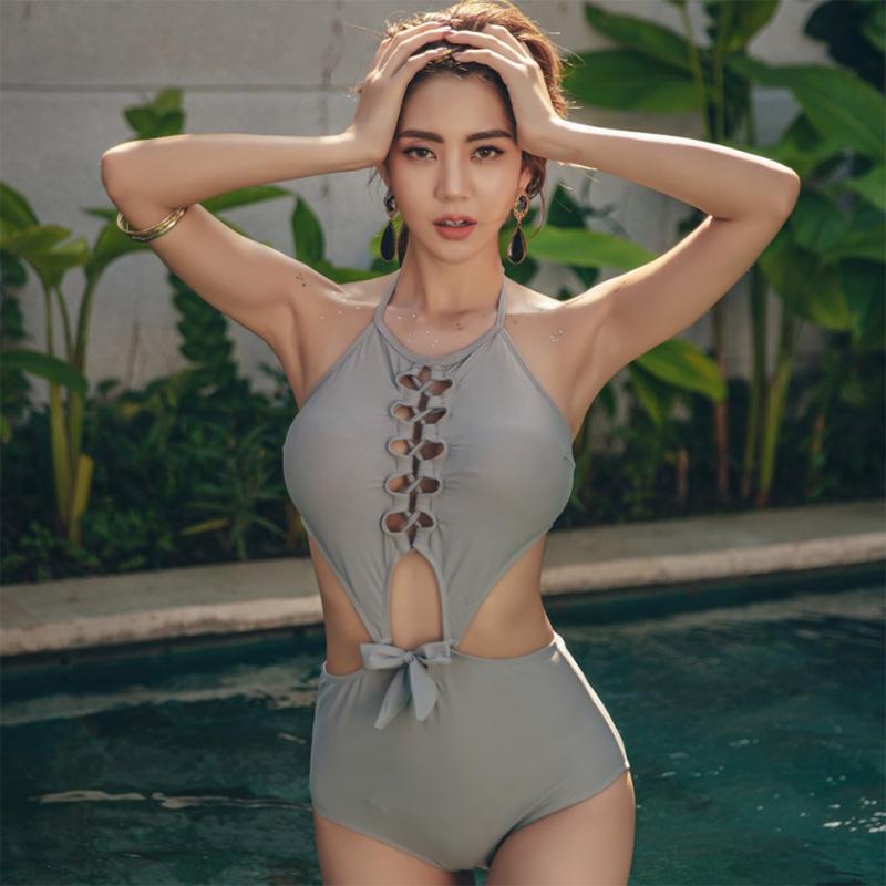 Kore Mayo itin Kadınlar 2020 Yaz Seksi Hollow Out strappy Beachwear Kadın Mayo Gri monokini için One Piece Banyo Suit Up