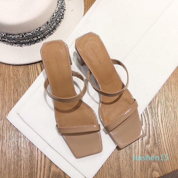 Tacchi pistoni di estate Med partito Mules scarpe da donna 2019 nuova delle donne di diapositive Moda Scarpe Femminile Concise PU signore pantofole L15