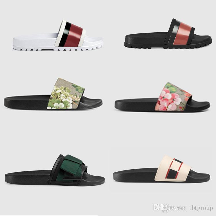 Diseñador de goma de la diapositiva de la sandalia Brocado floral de los hombres zapatilla Pantalones de chanclas Chancletas mujer rayada Playa causal zapatilla con caja US5-11