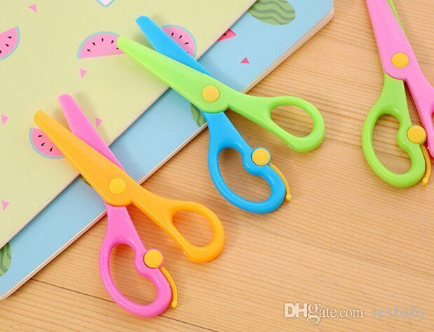 137mm Mini Safety Round Head Plastic Scissors Student Kids Paper Cutting Minions Supplies for Kindergarten School