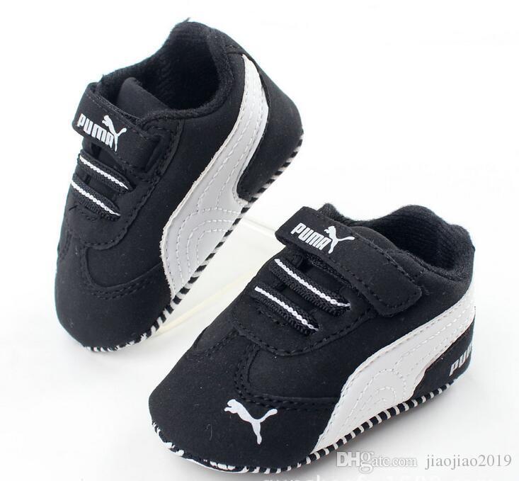 새로운 Romirus 유아 유아용 모카신 아기 신발 PU 가죽 첫 번째 워커 신발 신사복 신생아 브랜드 운동화 0-18MNewewborn Baby Girl Bo