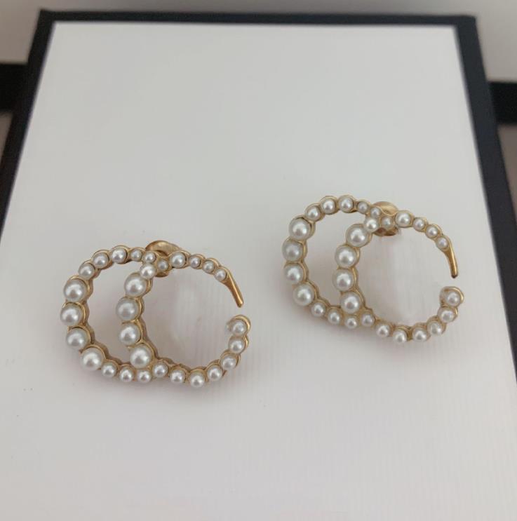 marque de mode ont des timbres boucles d'oreilles de créateurs de perles cc pour les femmes dame Party amateurs de mariage de fiançailles cadeau bijoux de luxe avec la boîte