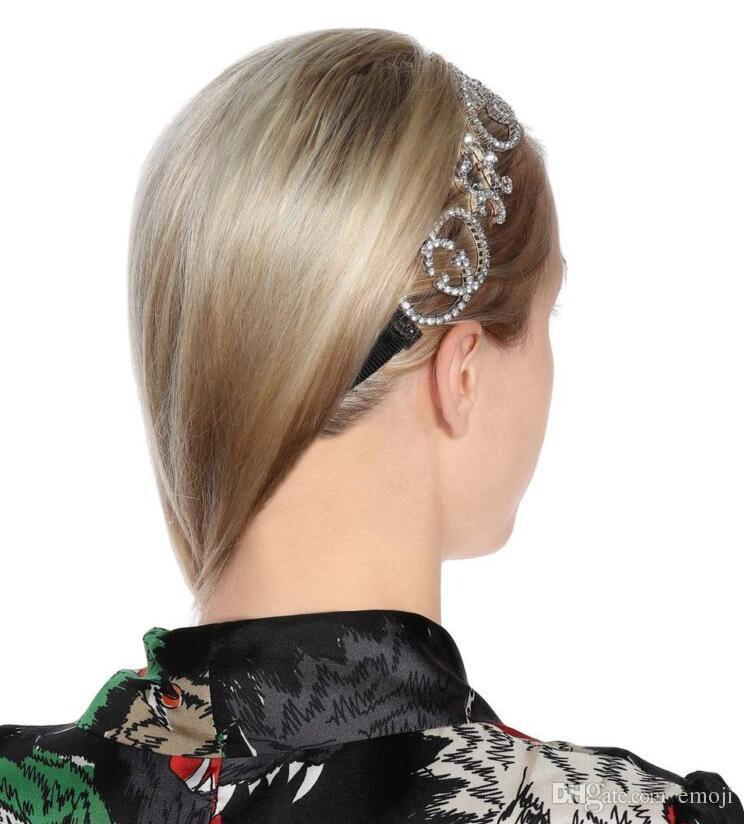 2019 New Designer Full Strass Lettera Fasce Bling Bling Alfabeto Satin Fascia per capelli Accessori per capelli Sposa copricapo