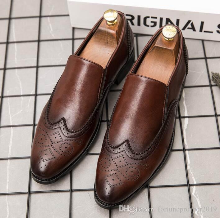 Yeni Vintage Tasarımcı Erkekler Loafer Erkek Homecom Hüsniye Moda düğün ayakkabıları Sapato Sosyal masculino mokasen Brogue Ayakkabı sivri
