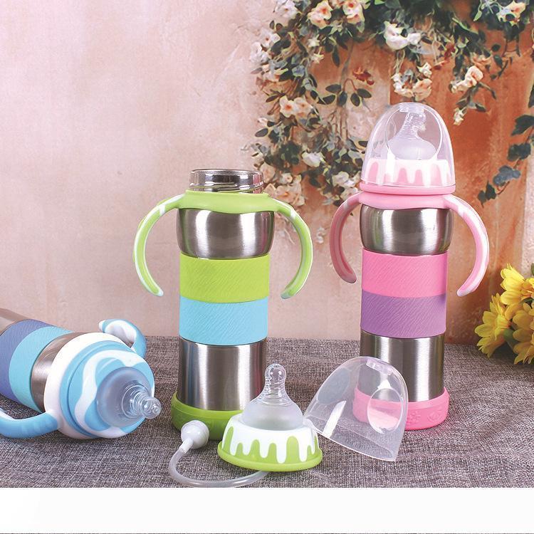 Une nouvelle bouteille d'eau inoxydable enfants tumbler acier biberon 240ML couvercle à double usage à double cadeau tasse isolé