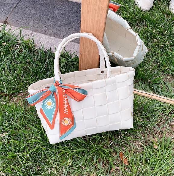 Designer de luxe Sacs à main Sacs à main femmes Livraison Sacs de grande capacité épaules tissage maman Sac avec Foulards en soie