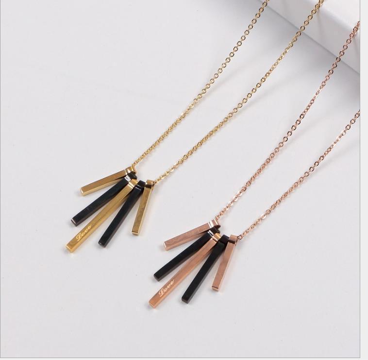 Nouvelle lettre titane acier collier pendentif barre de style en or rose un mot long pendentif titane collier en acier