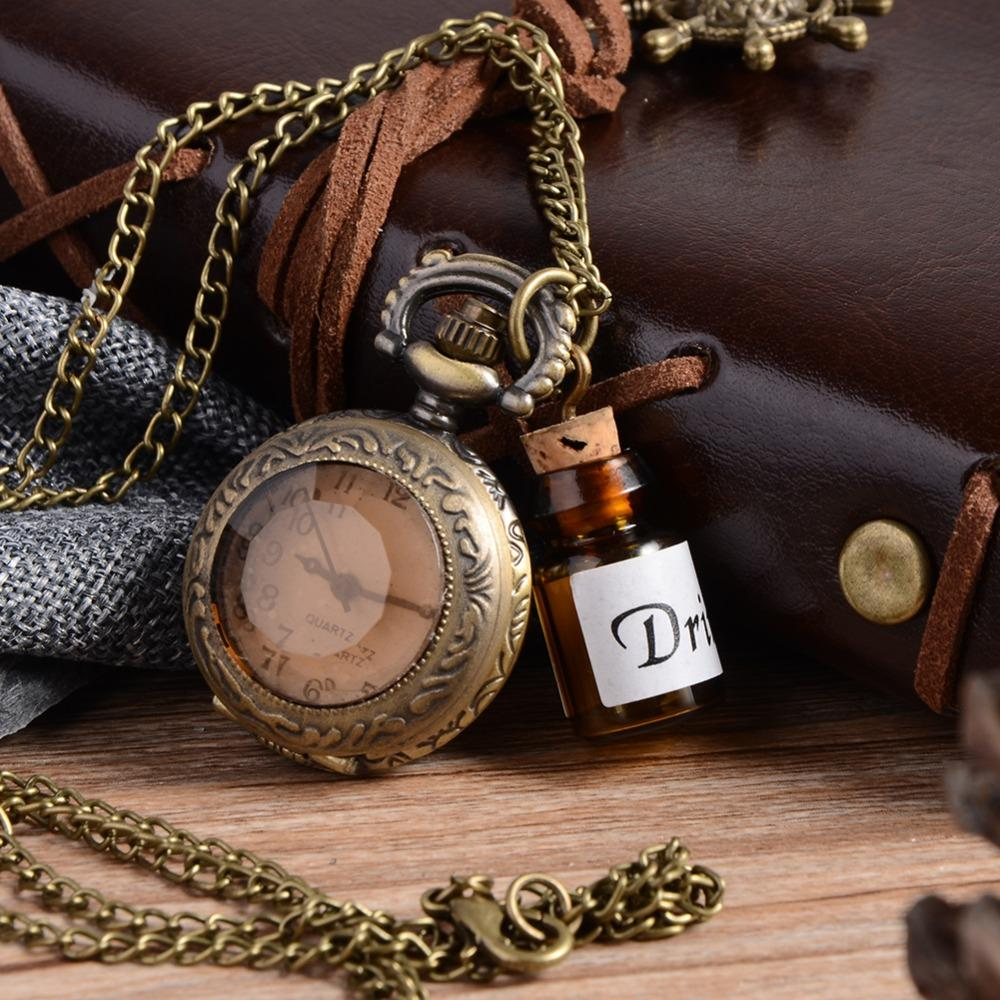 Vintage Glas Alice im Wunderland trinken mich Dark Brown Flip-Quarz-Taschen-Uhr für Frauen-Dame-Mädchen-Geschenk-Steampunk Halske Flasche
