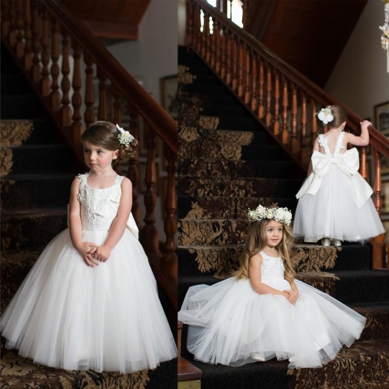 Büyük Bow Kanat Bebek Kız ilk komünyonu Parti Elbise Beyaz Sevimli Kapalı Omuz Çiçek Kız Elbise Prenses Aplike Backless