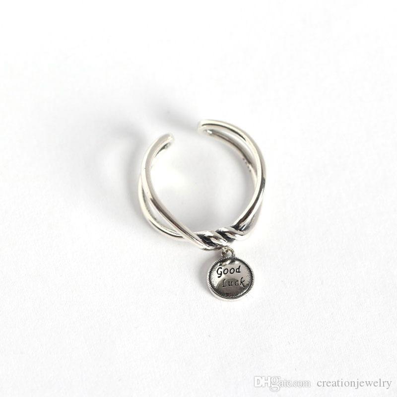 Vintage Sevimli S925 Gümüş Yaratıcı Bildirimi Yüzük Mektup Ile Iyi Şanslar Kolye Kadınlar için Yüzük Takı JZR307