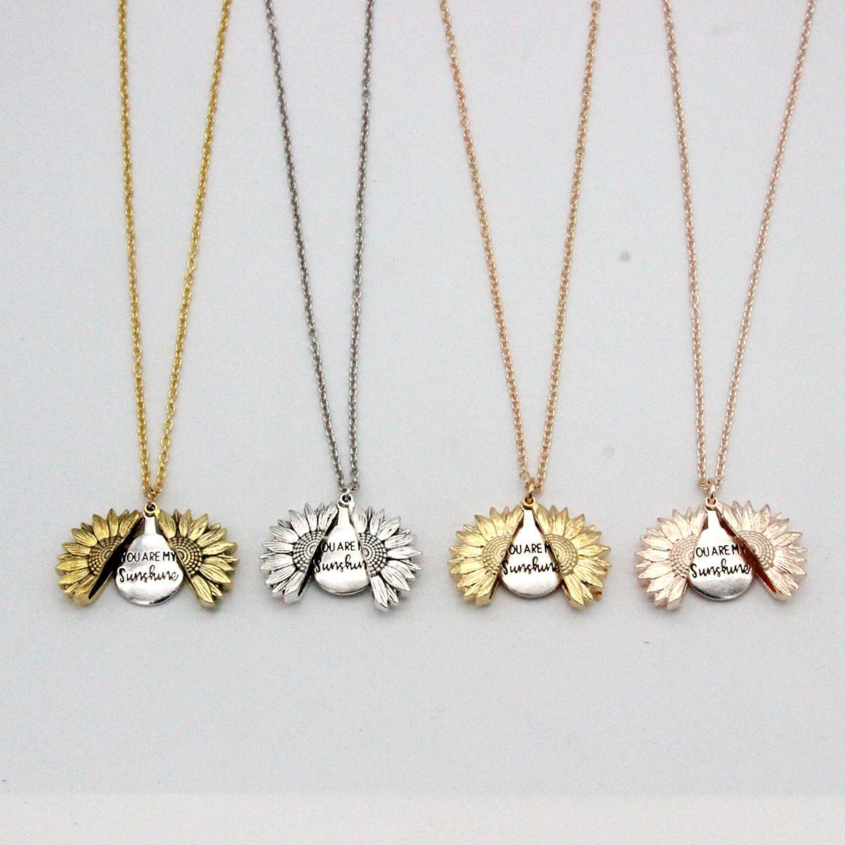 Sunflower Halskette Valentine Geschenk GoldLocket Can Open-Anhänger-Halskette Sie sind mein Sonnenschein Gravierte Claviclekette für Frau Geschenk A03