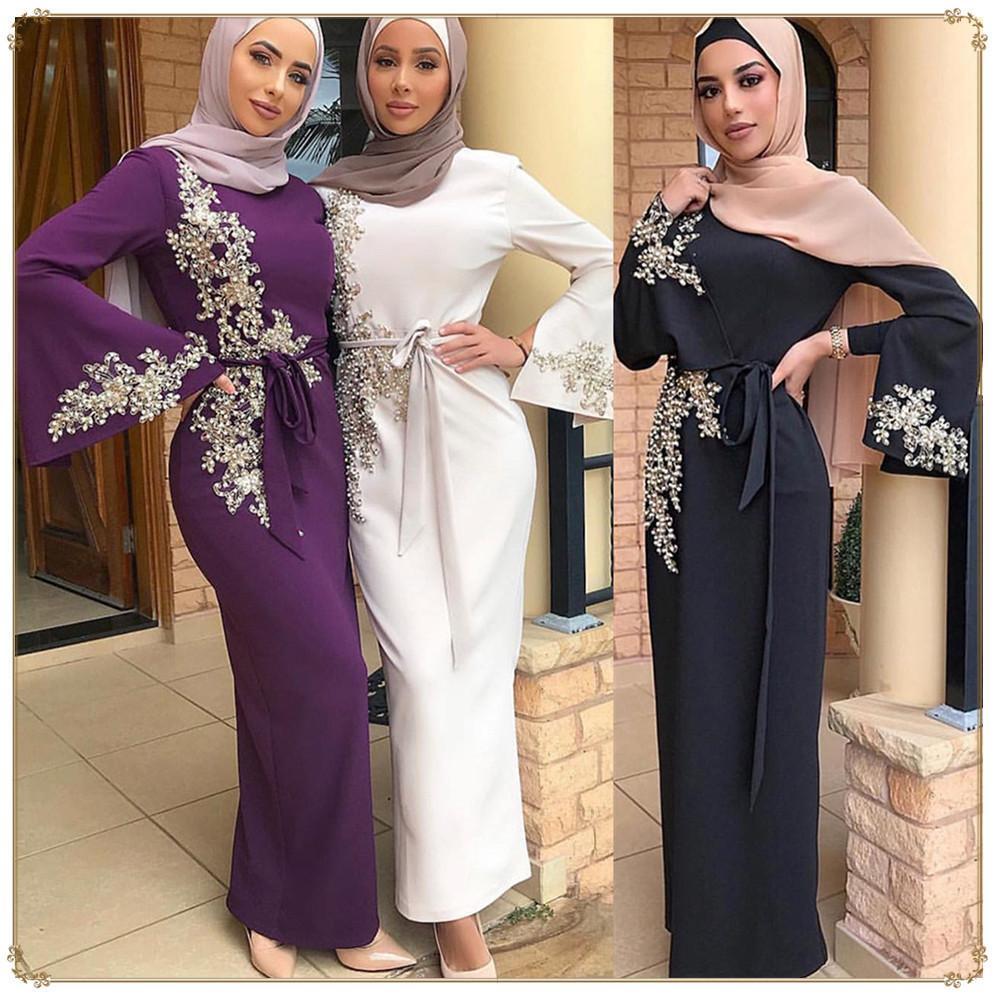 2019 neue moslemische Frauen-eleganter Stickerei Bodycon Maxi Abaya Dubai Partei Robes Islam Kleider