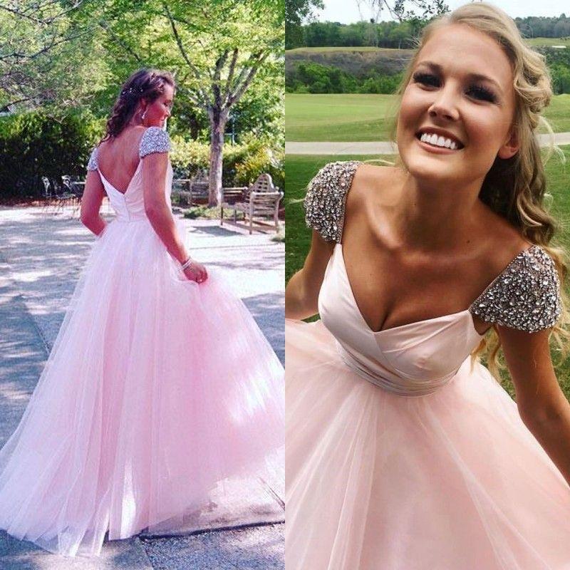 Blush Pink Vestidos de baile Cristales brillantes Adornado Hombro tapado Espalda abierta Cremallera hasta el piso Longitud Tul Vestidos de fiesta de noche