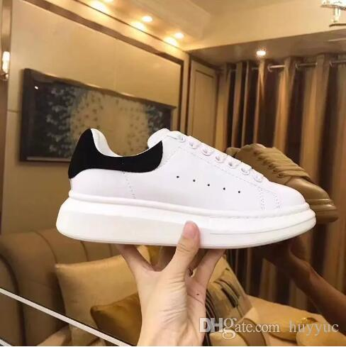 Top Quality Mens Womens Blcak Velet Sneakers Cheap Best Fashion White Leather Platform Shoes Flat Outdoors Daily Dress Party Shoes With Box