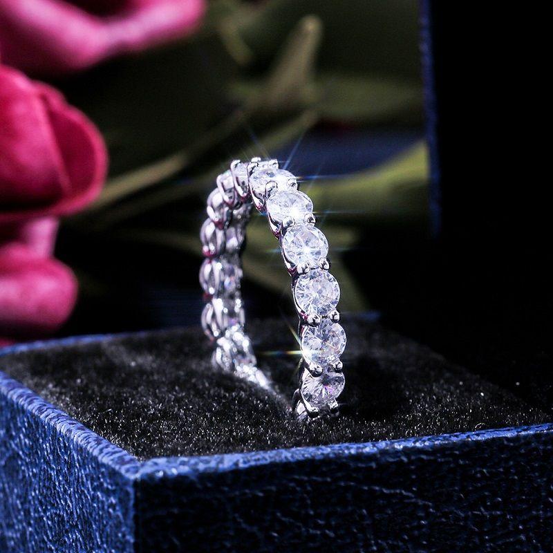 platino de la Mujer de lujo plateado de circón anillo El tamaño joyas anillos banquete de boda 6 7 8 9 10