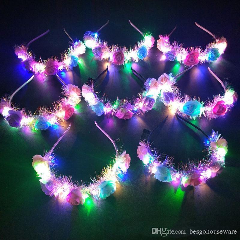 Yanıp sönen LED Garland Bandı Parlayan Taç Çiçek Saç Aksesuarları Parti Karnaval Düğün Çiçek Kız Headdress Dekorasyon BH1811 CY