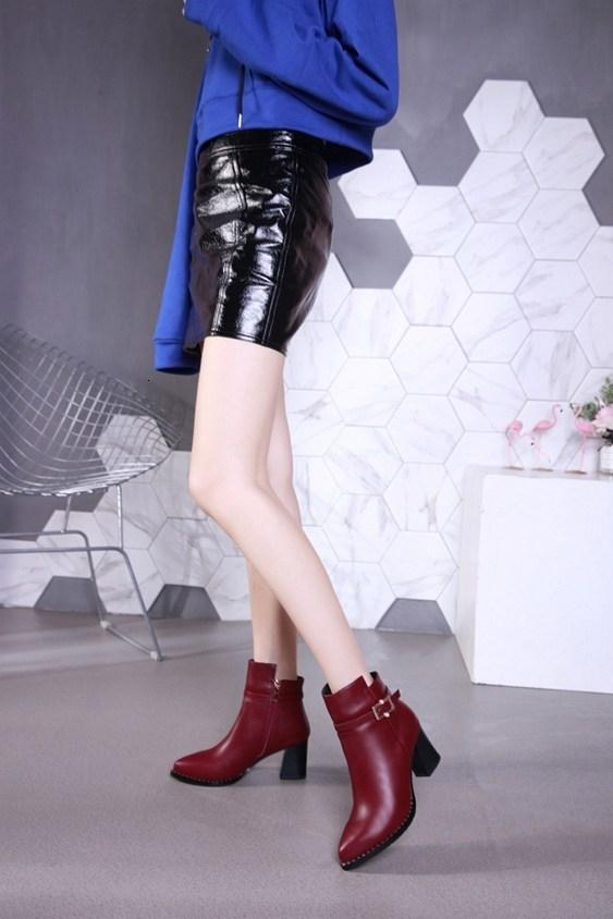 Yeni yüksek topuklu yarım bot uluslararası marka sivri deri moda bayan s botları tasarımcı parti gelinlik botları boyutu 35-39