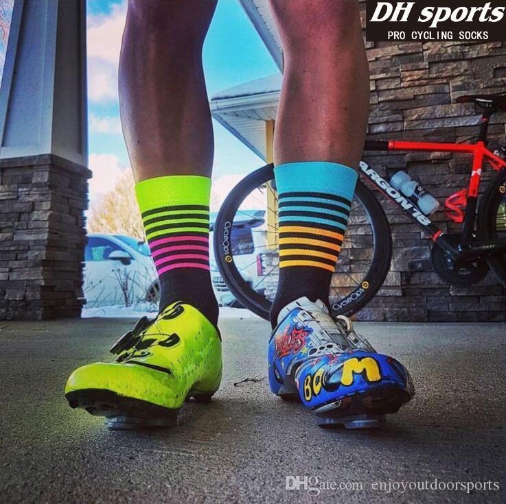 Ayakkabı Koşu DH SPOR Erkekler Kadınlar Profesyonel Yarış Bisiklet Çorap Nefes Yolu Açık Spor Yürüyüş Çorap Dağ Bisiklet Bisiklet Çorap