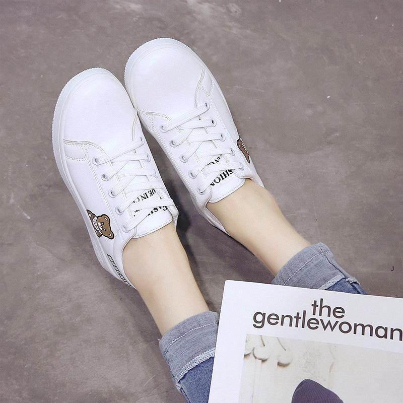 Маленькие белые туфли Женщина Весна 2019 Новый корейский ботинки отдыха Flat Bottom 100 Наборы Student Кожа Женский Совет Один Заменитель волос