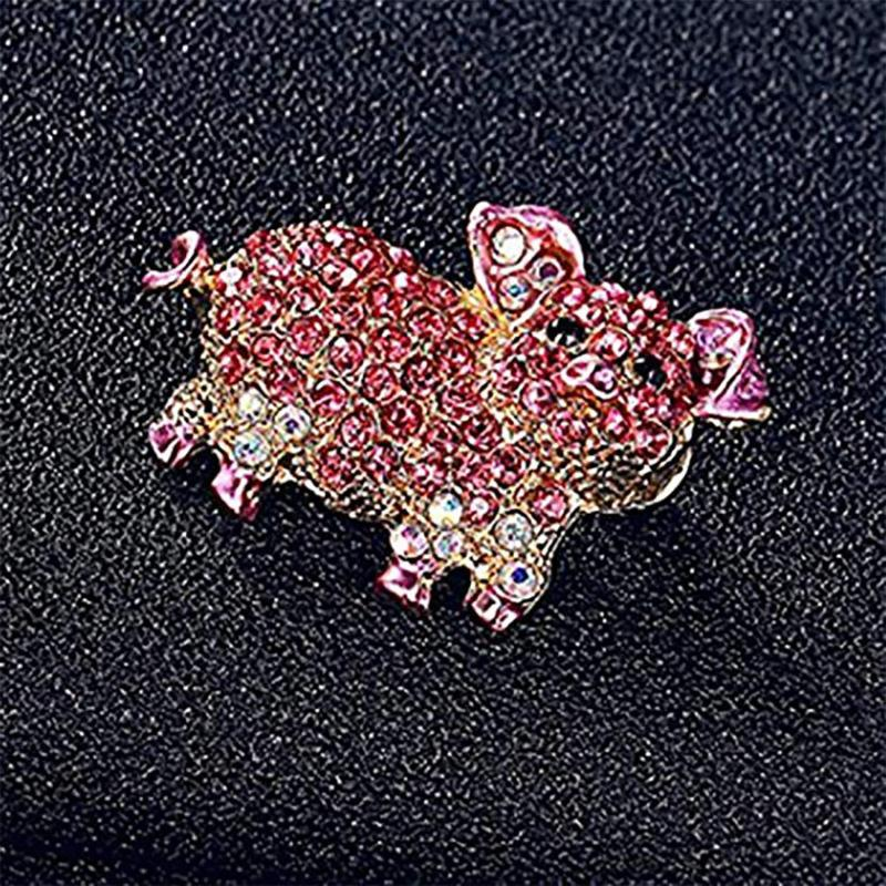Fashion Women's Cute Pig Brooches Korean Trendy Imitation Rhinestone Pink Brooch Badge Christmas Gifts Accessories Dropshipping
