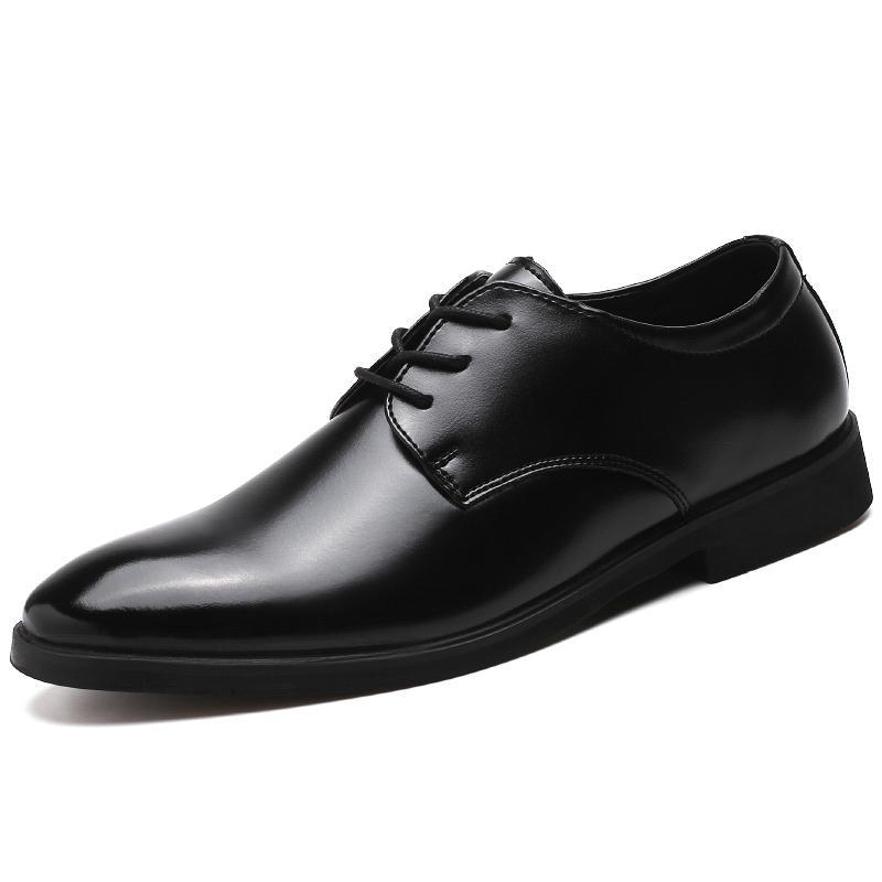 Moda Oxford Zapatos de vestir para hombres de negocios formales Zapatos de oficina de cuero negro para hombre Boda Oxfords Pisos para hombres