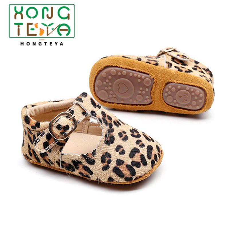 2020 Criança do bebé Mocassins da cópia do leopardo do bebé primeiro Walker infantil recém-nascido Menino duro Sole Anti-derrapante Prewalkers Shoes CY200512