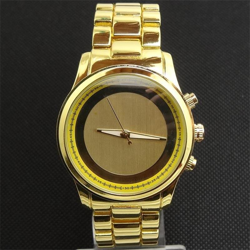 Casual Venta de relojes de cuarzo del `s de las mujeres y de estilo clásico con letras grandes reloj marque Relojes al por mayor de la manera del envío GO