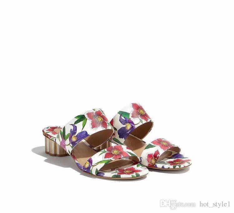Con il design della marca Box Donna Peep Toe Fiore Pantofole Classico femminile oro placcato in metallo Sandali con tacco floreale Scarpe in pelle verniciata Lady Casual