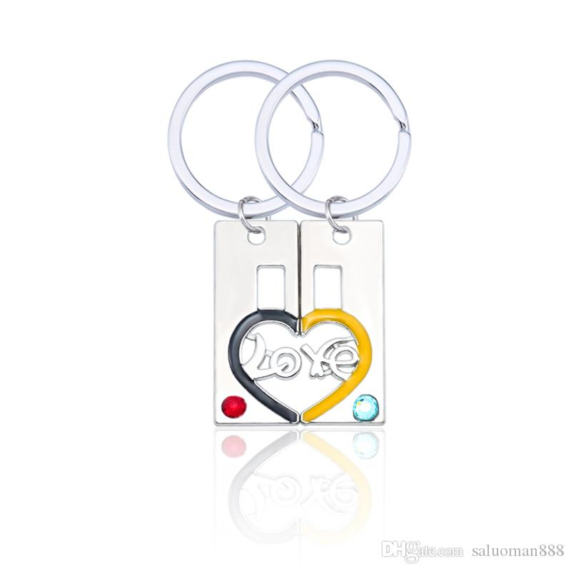 2019 New Simple Retro Hollow LOVE Heart-shaped Keychain LOVE Puzzle Couple Man Woman Pendant Key Ring Pendant Valentine's Day Gift