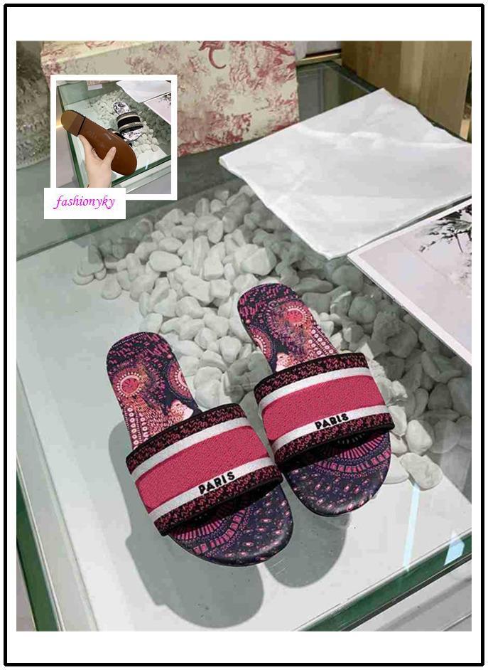 Di alta qualità nuova della signora classica di svago primaverili ed estivi lettera stereo ricamo trecce pantofole elegante pantofole stampato