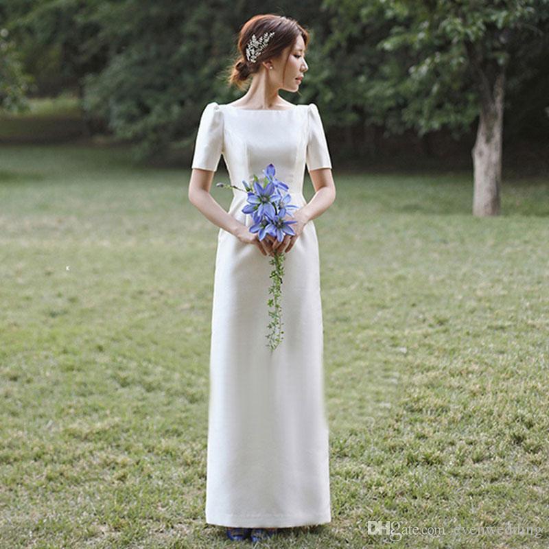 En plein air en satin une ligne robes de mariée 2020 à manches courtes Robes de mariée plage blanche Ivoire robe de mariée