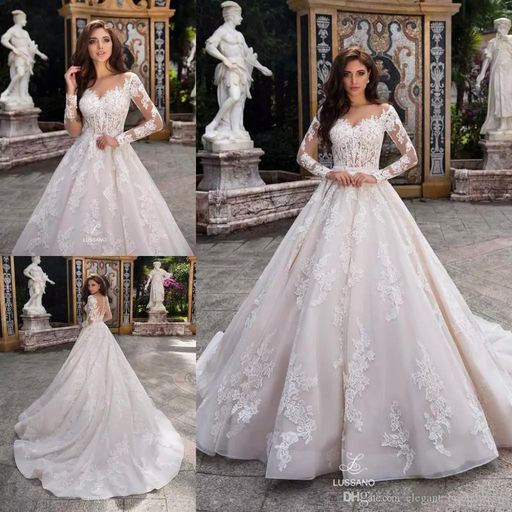 Designer élégante église train de dentelle Applique robes de mariée 2020 robe de bal à manches longues Robes de mariée 2019 Automne Hiver DRC1856