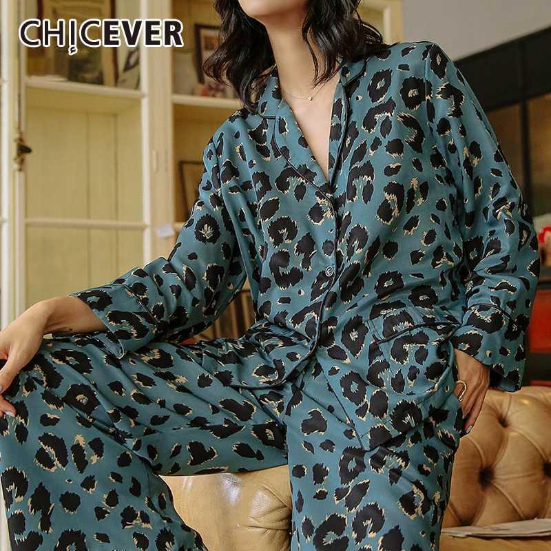 CHICEVER satin imprimé léopard Hit couleur deux pièces Set Femmes manches longues col à revers shirt Pantalon taille haute de costumes féminin Nouveau 2020