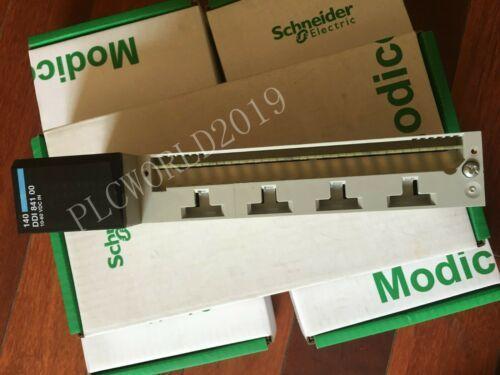 Schneider Electric 140DDI84100 Discrete Input Module Modicon Quantum nuovo in scatola