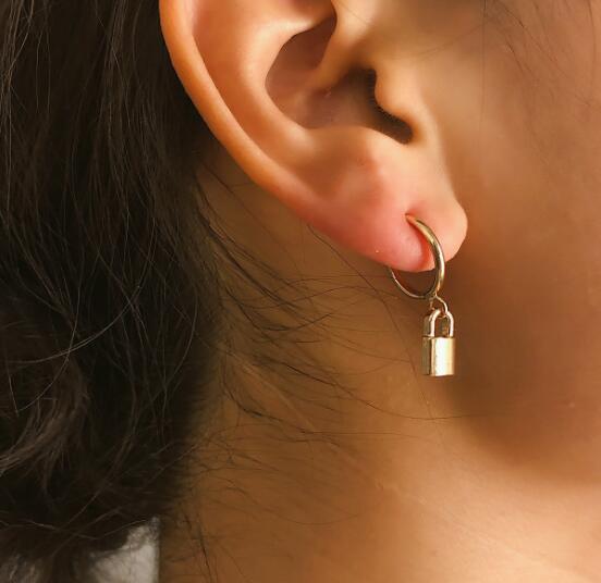 Avrupa ve Amerikan daire kısa yaratıcı vahşi kişilik küpe basit geometrik kilit moda kulak clips291